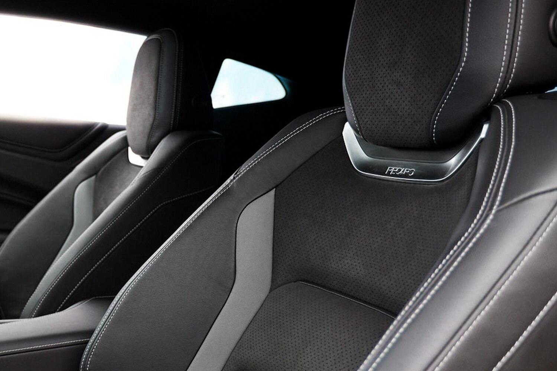 Chevrolet Italia - Camaro Interni Recaro