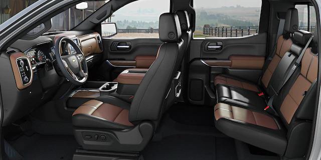 Chevrolet Italia - Silverado Interni